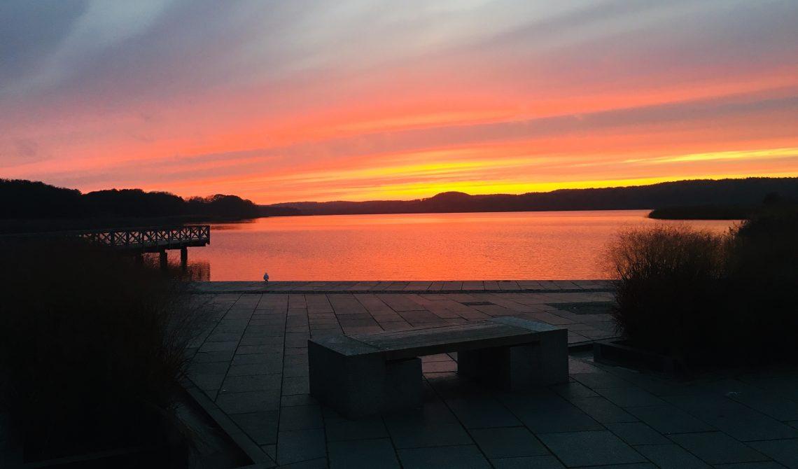 Der Schmachter See bei Sonnenuntergang.